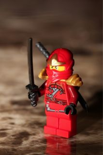 Lego Ninjago Red Ninja Kai ZX Minifigure 2 Swords from Set 9441