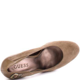 ivins brown multi suede guess shoes sku zgs602 $ 104