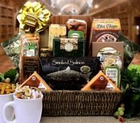 Gourmet Christmas Gift Basket Deluxe