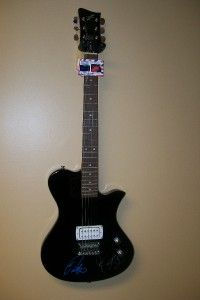 Jonas Brothers Kevin Joe Nick Autograph Black COA Electric Guitar