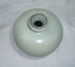 Song dynasty Ru kiln vase with a small mouth. Such kind of vase is