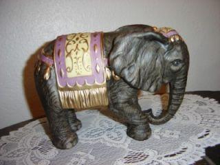 Elephant Thomas Kinkade 2004 Hawthorne Christmas Nativity Collectible