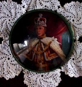 Royal Souvenir~ 1936 Coronation~ King Edward VIII Glass Paperweight