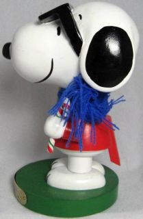2009 Kurt Adler Joe Cool Wooden Snoopy Nutcracker