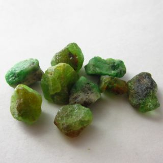 30ct Rough Green Emerald Colombia Unheate Natural Gemstone KYL15