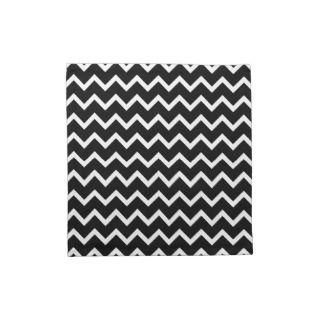 Black and White Zig Zag Pattern. Printed Napkin