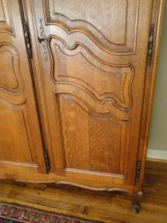 French Country ARMOIRE WARDROBE ~Solid Tiger Oak ~Carved 3 Door~Fitted