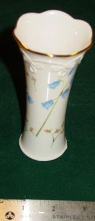 Lenox Ivory w Gold Trim 5 Tall Vase Blue Bell Design