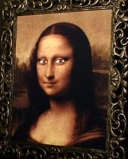 Haunted Spooky Mona Lisa Photo Eyes Follow You