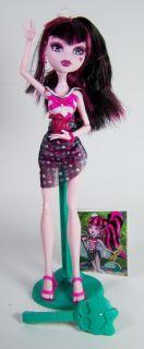 Monster High Skull Shores Draculaura Dracula Daughter Doll Loose Out