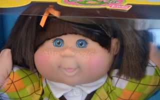 Cabbage Patch Kids Doll Madison Mara Brown Hair Freckles Teal Eyes