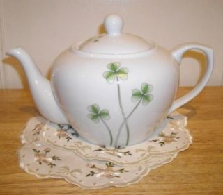 Marcus Notley Porcelain Shamrock Tea Pot Ireland 2009