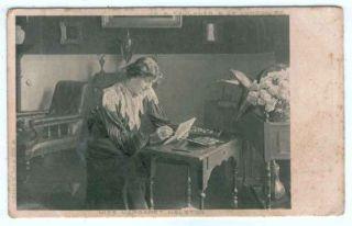 UK Edwardian Actress Margaret Halston 1905 Postcard