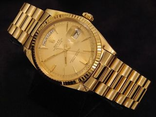 Mens 18K Gold Rolex Day Date President Watch Champagne