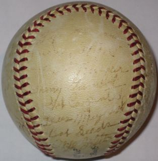 Mel Ott 1940 New York Giants Team Autograph Baseball JSA LOA Auto BB