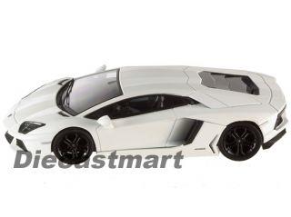Hotwheels Elite V7431 1 43 Lamborghini Aventador New Diecast White