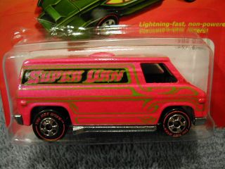 Hot Wheels The Hot Ones 70s Van Chase Car Redlines