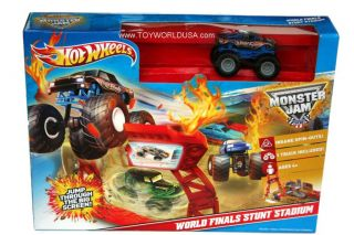 Hot Wheels Monster Jam World Finals Stunt Stadium w 1 Excl Truck