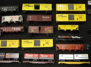 Lot of N Gauge Freight Cars