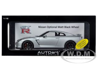 Brand new 118 scale diecast model car of Nissan GT R R35 Ultimate