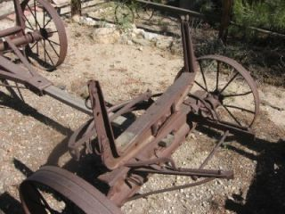 ANTIQUE 305 W IH CASE FARMALL? WAGON FRAME W WHEELS GARDEN DECOR YARD