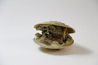 Bakelit Muschel im Stil der Edo Zeit Japan ~1920/40
