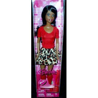 Barbie 2007   NIKKI Glam   Rock Leopardmuster & T Shirt rot & lange