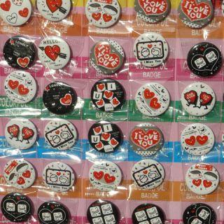 Hearts Pins   40 Anstecker Buttons Herzen I love you Fashion Badge