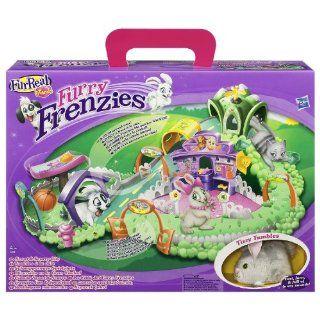 FurReal Friends 20728   Furry Frenzies Schnuppernase Spielplatz