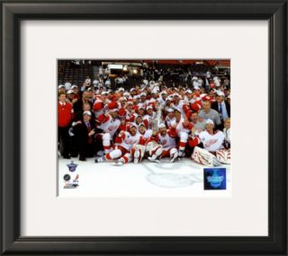 2007 08 Detroit Red Wings Stanley Cup Champions Celebration on Ice Framed Photographic Print