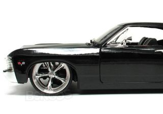 1967 Chevy Impala SS CUSTOM 124 Scale Diecast Model