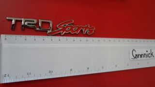 TRD SPORTS EMBLEM Schriftzüge Badge CHROME AUTO EMBLEMA TOYOTA
