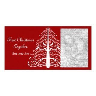 Primer navidad del árbol de navidad blanco junto tarjetas personales