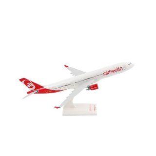 SkyMarks   Airbus A330 300 AIR BERLIN, Maßstab 1:200: