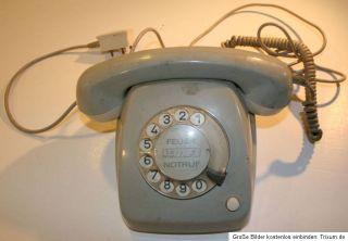 altes Telefon grau Wählscheibe Post FETAP