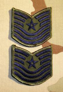 Paar Orig US Air Force Technical Sergeant (tarn) Aufnäher Patch