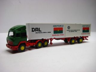 Wiking 521 a.1 IVECO Container SZG Burkina Faso DAL