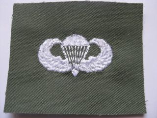 ARMY AUFNÄHER PATCH PARACHUTE JUMP WING BASIC AWARD WEIS / OLIV