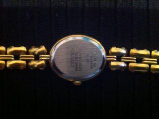 Citizen Quartz Damen Armbanduhr Uhr gold Base Metal Y.P. 3220