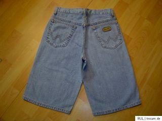WRANGLER broken twill denim Jeansshorts Hawaii W28 NEU