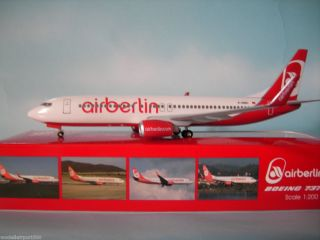 Air Berlin Boeing 737 800 Hogan 1200 AB02 + Herpa Wings Katalog