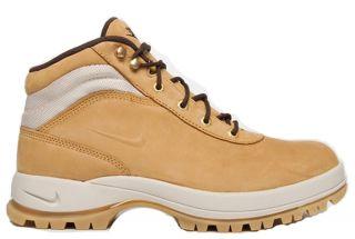 Nike Mandara Boots Stiefel Winterstiefel 2 versch. Farben Größen 41