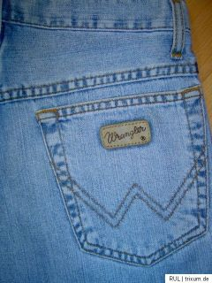 WRANGLER broken twill denim Jeansshorts Hawaii W28 NEU