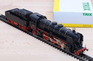 Trix Express 32234 Dampflok mit Tender BR 18 der DR / Unbespielt / OVP