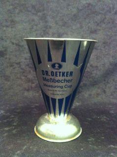 Messbecher von Dr. Oetker, Measuring Cup, Art. Nr. 825, West Germany