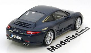 18 Minichamps Porsche 911 ( 991 ) Carrera S 2012