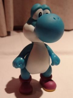 Nintendo Super Mario Brothers Action Figure Yoshi (Blue) 12CM NEW