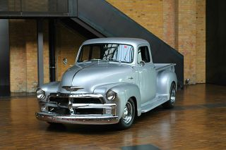 1954 Chevrolet 5 Window Pick Up Truck Hot Rod V8 Automatik Oldtimer