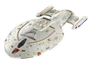 Star Trek USS Voyager Bausatz von Revell neu und OVP beleuchtbar