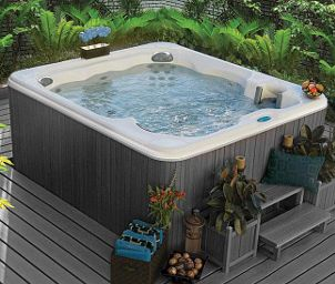 Common Hot Tub Features